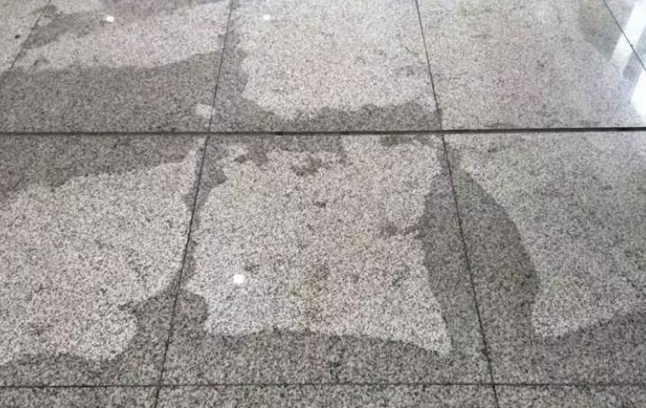 """石材铺贴前为什么要做""""六面防水""""?"""